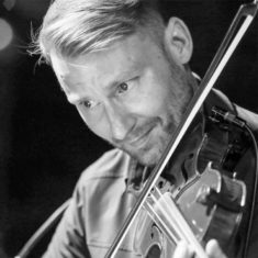 coleman-smith-violinist-bio2